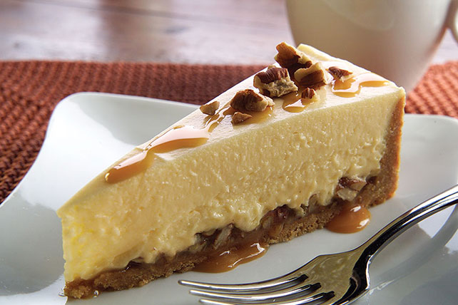 Easy Caramel Pecan Cheesecake Image 1