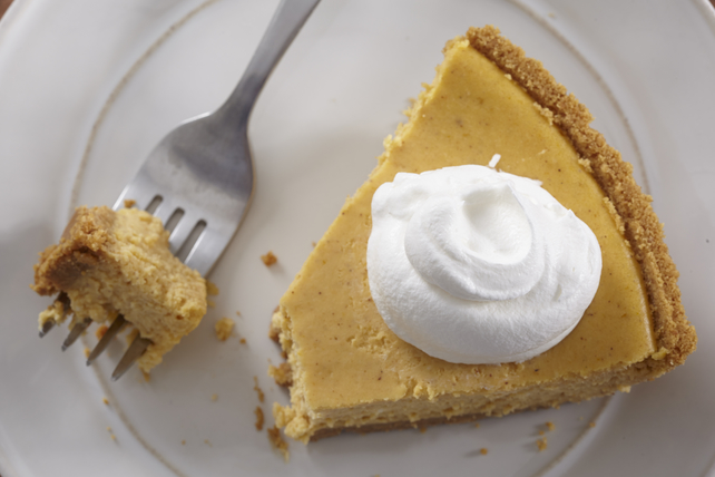 Pumpkin Cheesecake Pie Image 1