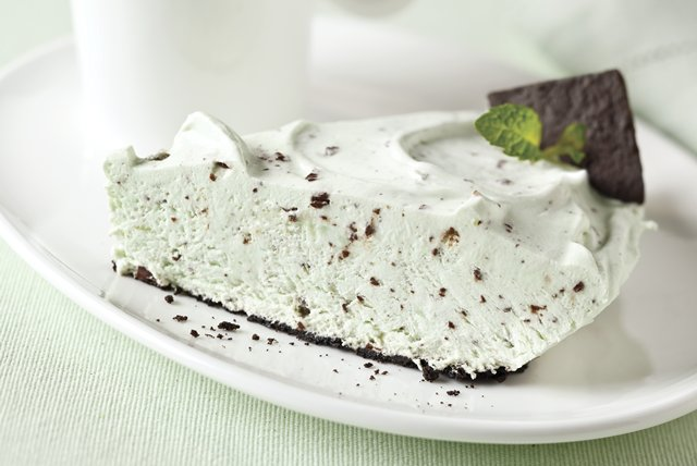 Grasshopper Pudding Pie Image 1