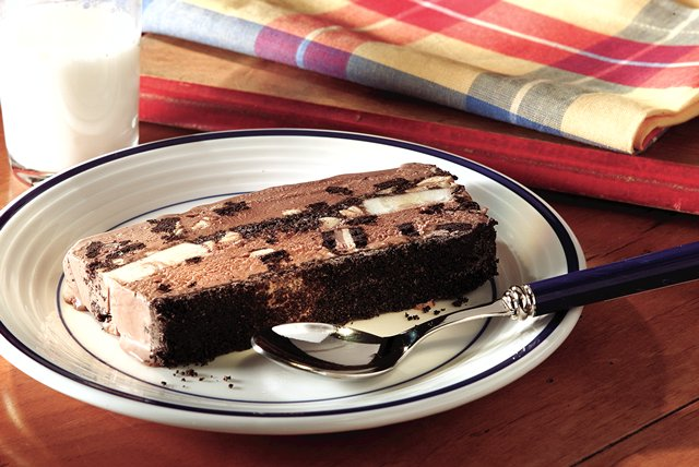 Peanut Butter-OREO® Ice Cream Loaf Image 1