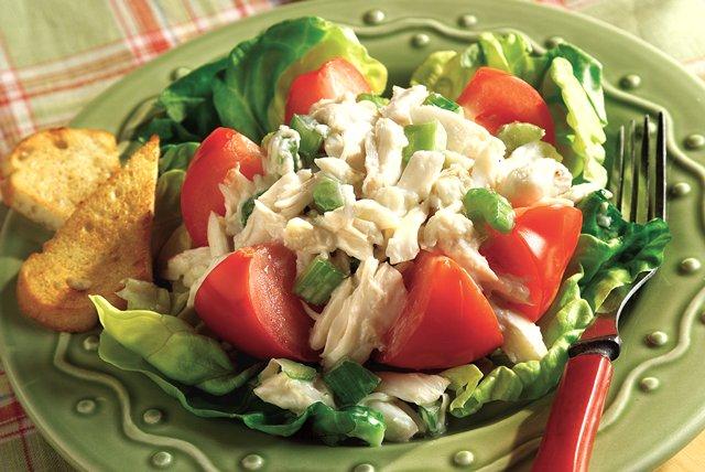 Tomato-Crabmeat Salad Image 1