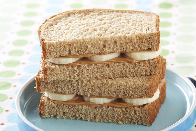 Sandwich au beurre d'arachide et à la banane Image 1