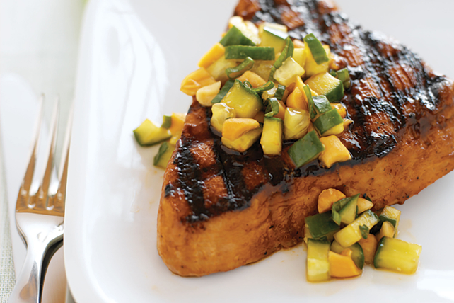 Grilled Tuna Steak Image 1
