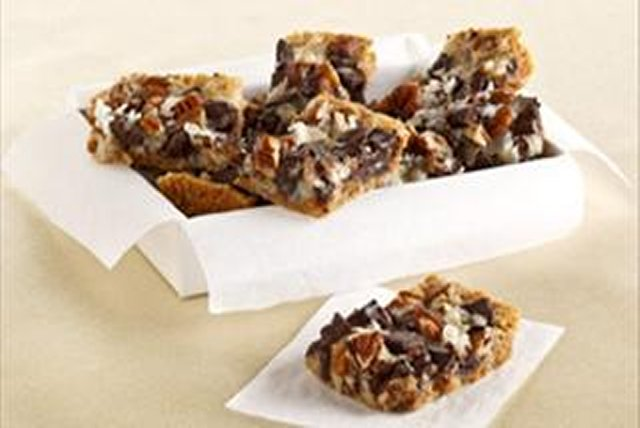 Chocolate Chunk-Magic Cookie Bars Image 1