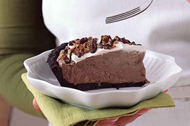 Candy Crunch Pudding Pie Image 1