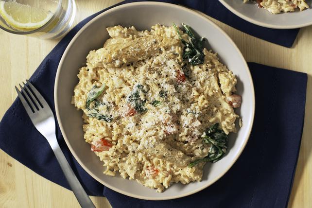 Mets crémeux au riz, au poulet et aux épinards Image 1