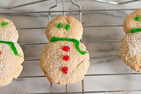 PHILADELPHIA® Snowmen Cookies