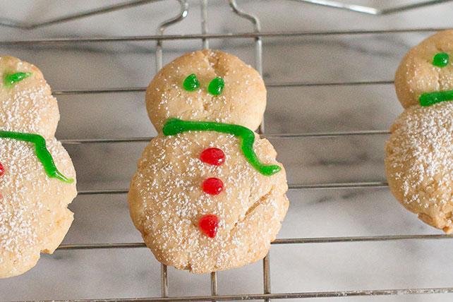 PHILADELPHIA® Snowmen Cookies Image 1