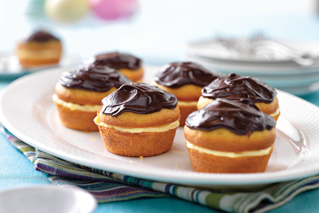 Boston Cream Pie Minis Image 1