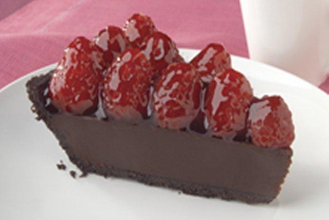 Raspberry Ganache Pie Image 1
