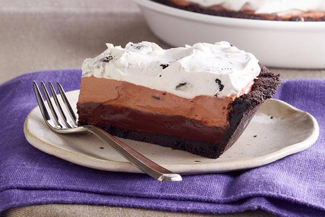 OREO Triple-Layer Chocolate Pie Image 1