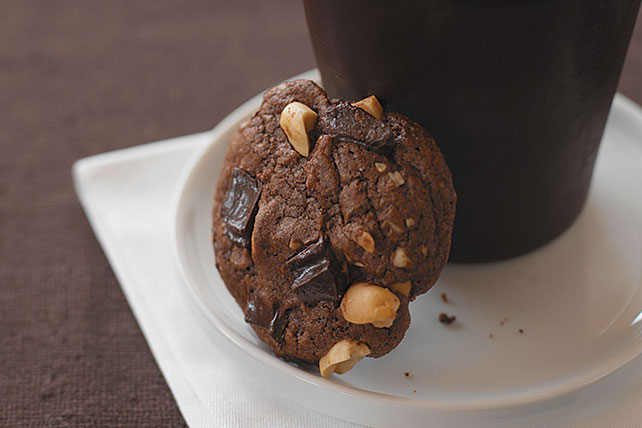 Chocolate Bliss Peanut Butter Cookies Image 1