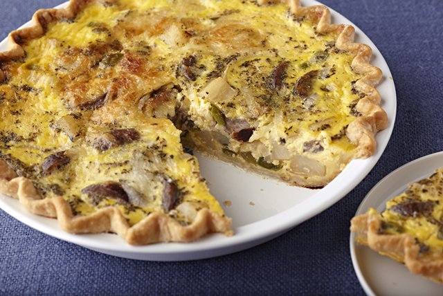 Make-Ahead Sausage & Potato  Quiche Image 1