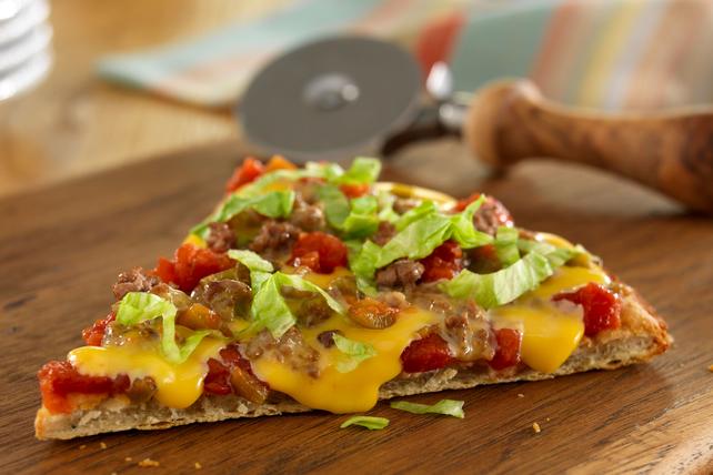 VELVEETA® Spicy Cheeseburger Pizza Image 1
