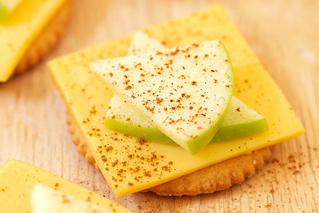Apple & Cheese Snacks Image 1