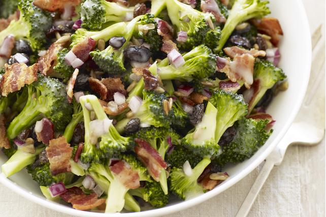 Notre salade de brocoli favorite Image 1
