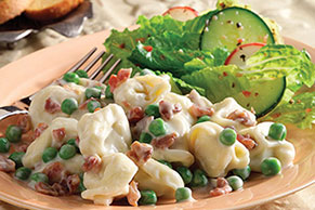 Easy Cheesy Tortellini & Bacon