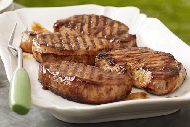 Côtelettes de porc grillées bien relevées Image 1