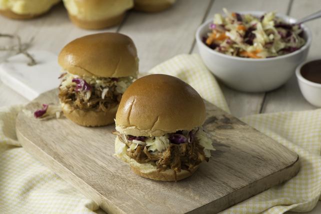 Mini-burgers au porc effiloché à la sauce barbecue style Carolina Image 1