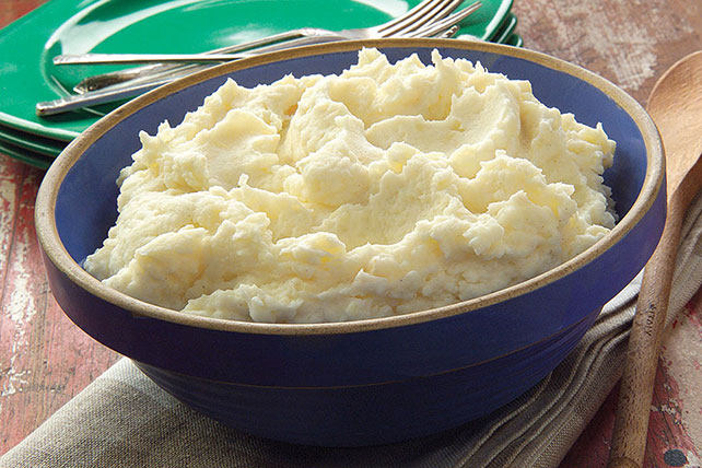Sour Cream 'n Garlic Mashed Potatoes Recipe