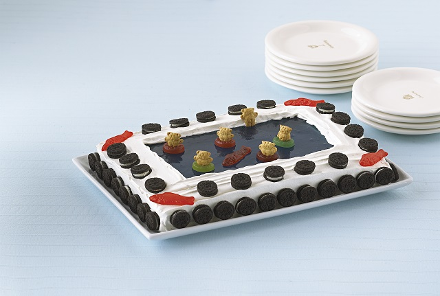 "JELL-O ""Dive-on-In"" Cake Image 1"