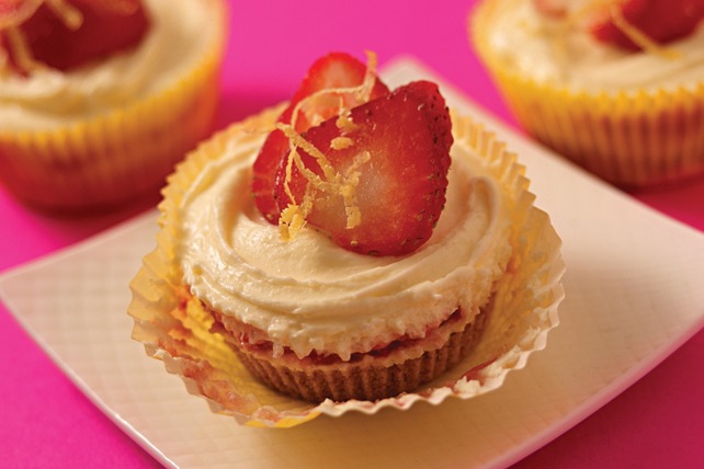 Strawberry Lemonade Cheesecake Minis Image 1