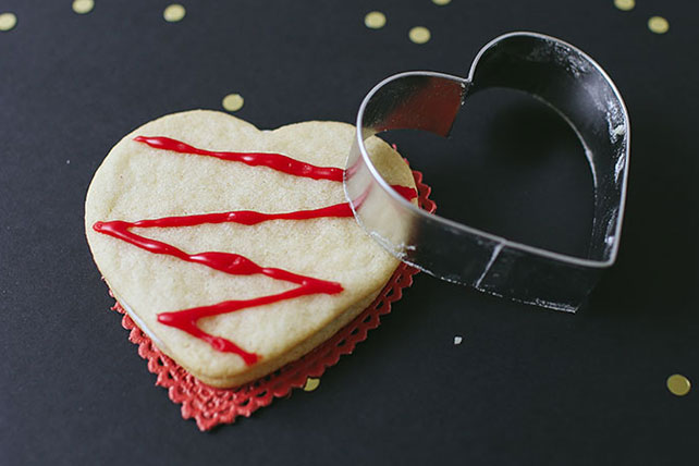 Mallow Valentine's Day Cookies Image 1