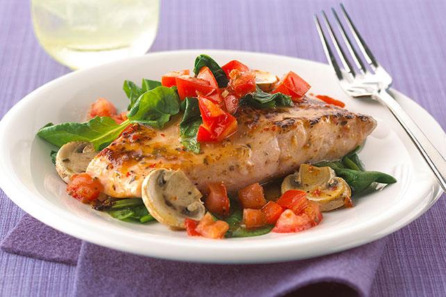 Salmón al horno con tomates, espinacas y champiñones Image 1