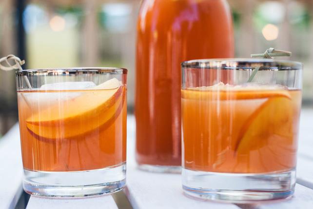 Peach-Tea Lemonade Image 1