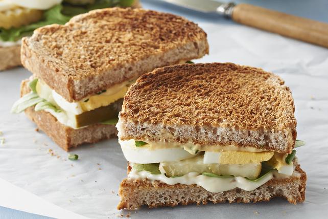 Sandwichs aux œufs farcis sens dessus dessous Image 1