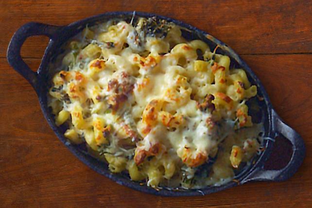 Macaroni au fromage et aux broccolinis grillés Image 1