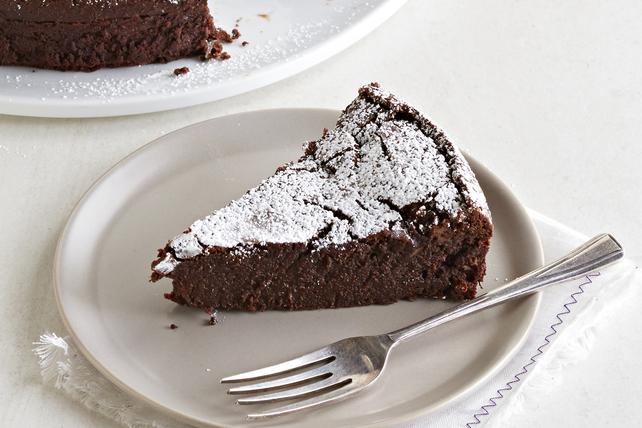 Pumpkin Pie-Spiced Flourless Chocolate Cake Image 1