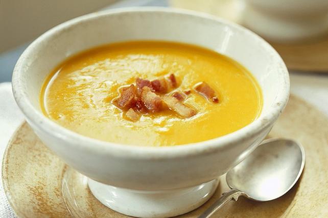 Soupe à la courge musquée et au bacon croustillant Image 1