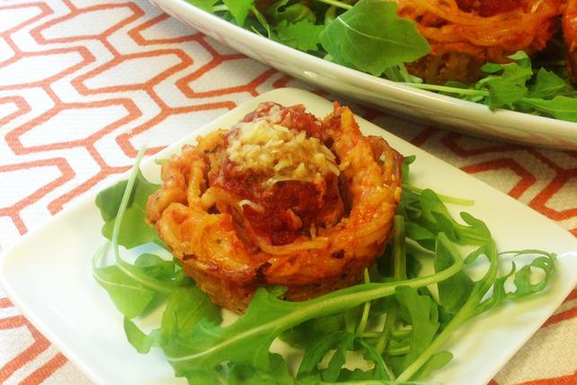 Nids de spaghetti aux boulettes de viande Image 1