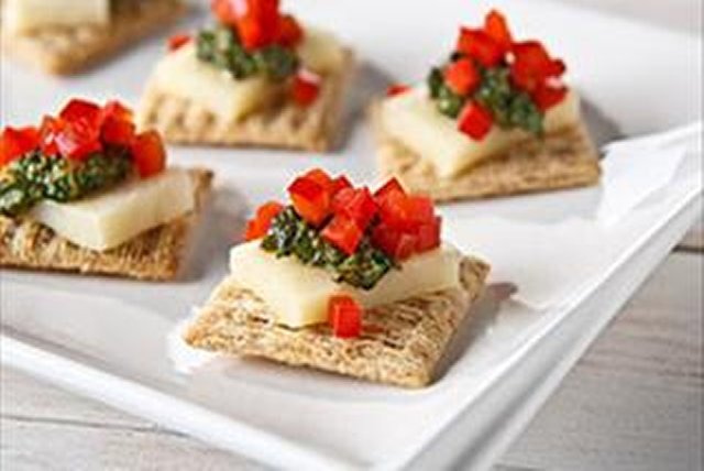 Cheese & Pesto Bites