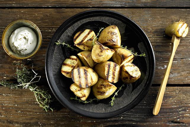 Pommes de terre grillées et sauce crémeuse Image 1