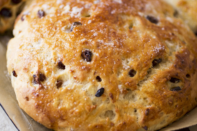 Soda Bread with Raisins Image 1