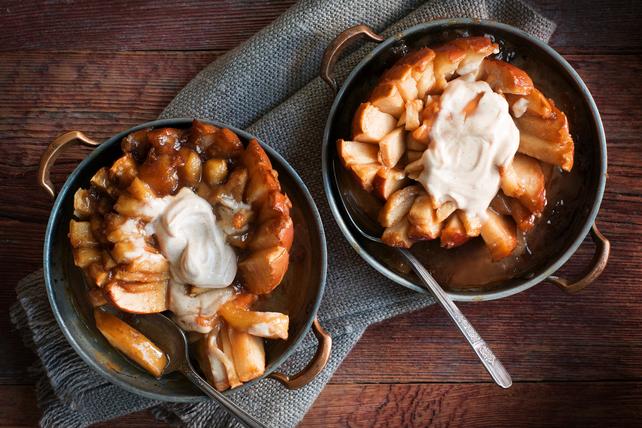 Shortcut Bloomin' Baked Caramel Apples Image 1