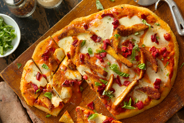 CLASSICO Chicken Parmesan Pizza Image 1