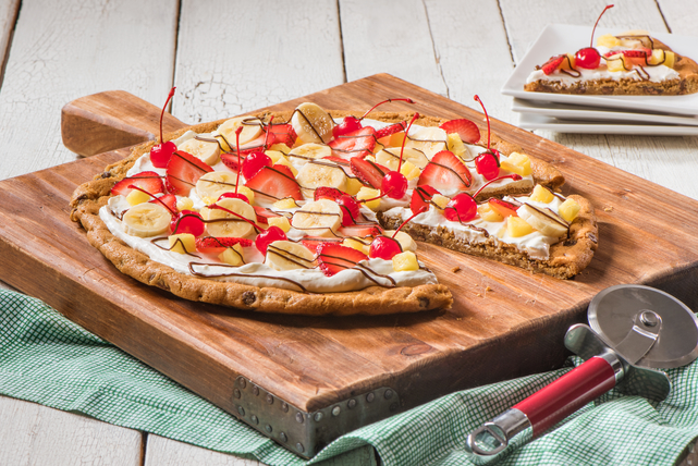 Banana Split-Fruit Pizza