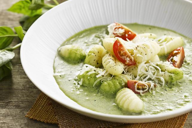Gnocchi with Spinach-Pesto Cream Sauce Image 1