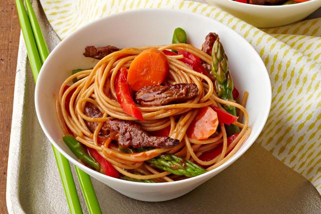 Asparagus & Beef Ramen Bowl Image 1