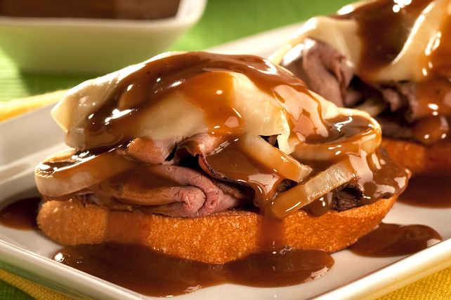 Roast Beef Melt with Beef Gravy Image 1
