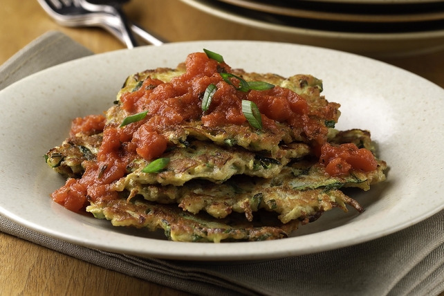 Pan-Fried Zucchini Cakes with Marinara Sauce Image 1