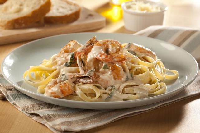 Shrimp Fettuccine Alfredo Image 1