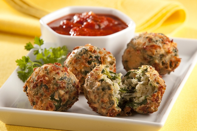 Spinach and Mozzarella Fritters Image 1