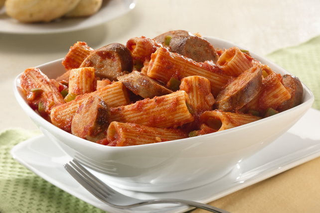 Sweet Italian Chicken Sausage Family-Style Rigatoni with Classic Italian-Style Sauce Image 1