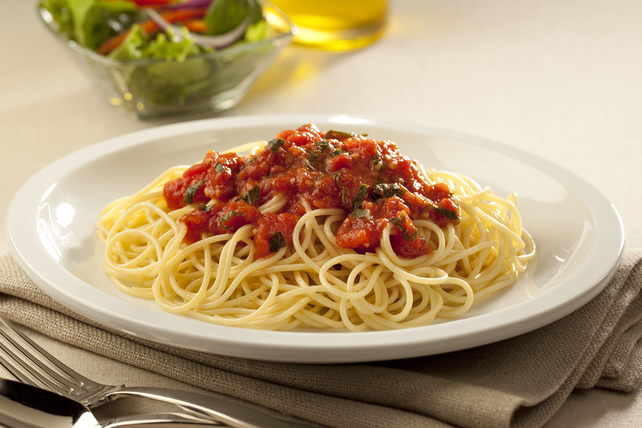 Homemade Tomato-Basil Sauce Image 1