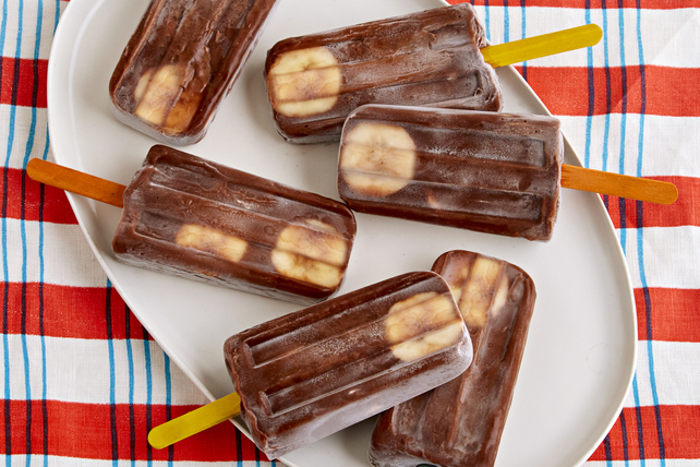 Banana-Chocolate Pudding Pops Image 1