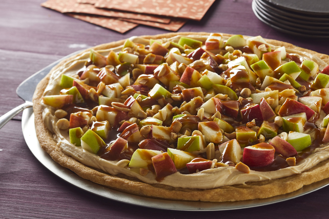 Caramel Apple Fruit Pizza Image 1